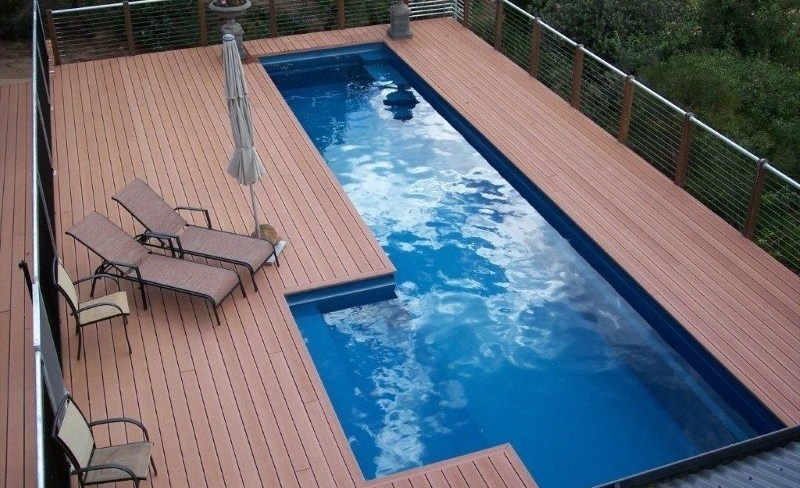 Above ground lap pool with Maxi Rib